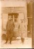 Guerre 14-18/ deux poilus en pied/photographe anonyme/ Vers 1916                               PH32