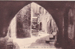 20190 Trois Cpa Roquebrune éd Rion N° 9-15-11 Rue Fontaine Chateau Salle Intérieur