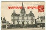 53 - CHATEAU GONTIER - Quincaillerie Leplé Et Palais De Justice - Peintre Sur Son Echelle - Edition N° 57 - Dos Scané - Chateau Gontier