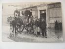 CPA..PARIS  INONDATION 1910..GRENELLE  SERVICE DE LA CROIX ROUGE..NON ECRITE..LEGER PLI - La Crecida Del Sena De 1910