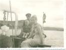 Photo IIWK- Orginal - Kamread Mit Familie , Fahne ,auf Dem Rhein - 1939-45