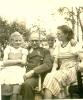 Photo IIWK- Orginal - Offizier Mit Orden , Kinder - 1939-45
