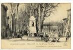 Carte Postale Ancienne Bollène - La Grande Fontaine - Attelage, Cheval - Bollene