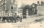 REVOLUTION EMEUTES GREVES  EN CHAMPAGNE AVRIL 1911 AY ANGLE DU BD DU NORD - Sciopero