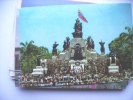 Venezuela Monumento Lot Of People - Venezuela