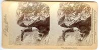 1894 Stereo Card Man At Naero Fjord, Sogne Norway Bert Underwood - Stereoscopic