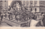 20526 Nantes (44 France) Fetes  Mi Careme 1928 Char Gracieuse Majesté Reine -5 Nozais ! état ! Nain - Nantes