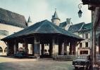 46 - MARTEL-en-Quercy - Les Halles (Voitures Peugeot 403, Citroen 2cv) - Non Classés