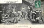 CAVES DE LA SOCIETE DES GRANDS VINS MOUSSEUX DE MUNET SAUMUR HABILLAGE DES BOUTEILLES - Vignes
