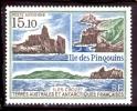 T.A.A.F. PA 101 L'îles Des Pingouins. Vues Des Côtes - Poste Aérienne