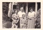 20587 Neuf 9 Photo 8x5.5cm - Dans Villa Debruyn à Basschaet  -aout 1952 -couple Amoureux Belge Belgique