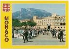 MO 127/Bis -Principauté De MONACO -Place Du Palais à La Relève De La Garde -Très Animée-Circulée 1981 - Scan Recto-verso - Palais Princier