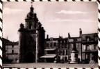 Y1539 LA ROCHELLE LA TOUR DE LA GROSSE HORLOGE ET LA STATUE DE L´AMIRAL DUPERRE1955  2 SCANS - La Rochelle