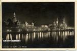 """Um 1930/1930  Antsichtskarte,  """"Dresden Bei Nacht, """"  Mit Frankatur, Stempel - Dresden"""