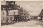 18 - ST AMAND MONTROND - CPA - RUE NATIONALE - Comptoir Du Petit Tonneau - Saint-Amand-Montrond