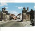 CPSM  De  GOURNAY En BRAY  (76)  -  Porte  De  Paris  //  TBE - Gournay-en-Bray