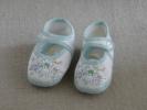 Chaussons à Bride Coton Blanc - Vert 3 Lapins à La Plage Mimi Toto. V.  Photos. - Chaussures