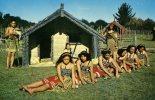 MAORI POI DANCERS...BELLES FEMMES..CPM - Nouvelle-Zélande