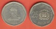 DOMINICAN REP 25 PESOS 2005 XF BUST OF GENERAL PUPERON - Dominicaanse Republiek
