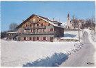 MONT-SAXONNEX  (74.  Hte-Savoie)  Alt.  997 M. - E  CI.  2  -  La  Maison  Paroissiale  Et  L'Eglise - Unclassified