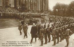 AK Hindenburg Reichspräsident Abschreiten Ehrenkompanie Nach Vereidigung 1925 #53 - Histoire