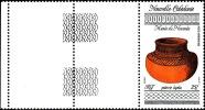 NOUV.-CALEDONIE 1992 - Yv. PA 281 ** SUP Bdf  Cote= 0,90 EUR - Poterie Lapita, Au Musée De Nouméa ..Réf.NCE12707 - Neufs