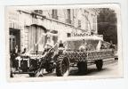 """Photo : 45 - Loiret -  Pithiviers - Cavalcade : Char ( Tracteur) """" Les Roses De Mon Rosier"""": Enfants -  Animation - Places"""
