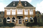 Carte Postale 62. Vitry-en-artois  L'hotel De Ville Très Beau Plan - Vitry En Artois