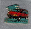 Pin´s  Automobile  Renault  Espace  Rouge  Avec  Un  Palmier - Renault