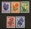 Pays-Bas  1953  Yvert  590-94   *  MH  Cote: 20.00 - 1949-1980 (Juliana)