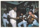 AMERIQUE,ANTILLES, SANTIAGO DE CUBA,REYNALDO A LA CASA DE LA TROVA,danseur,guitariste,artiste,chanteur - Cuba