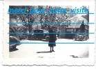 Photo Voiture Automobile , Véhicule  Peugeot Et Une Découvrable Station Essence Pompe Dans Les Alpes - Automobiles
