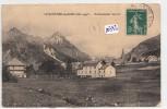 CPA - 05 - Le Monetier Les Bains - Vue Générale Et Etablissement Thermal ( Coins émoussés, Carte Gondolée) - Autres Communes