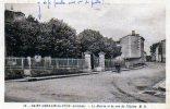 St Germain Du Puch: La Mairie Et La Rue De L'Eglise; - France