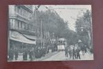 1 CP Toulon, Le Boulevard De Strasbourg, Animée +++, Tramway, Commerces: Patisserie, Location De Meubles - Toulon