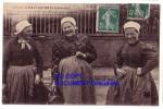 Environs De SAINT-LO  ( Manche )  Femmes ... Retour De Marché ... Photographier ... - Autres Communes