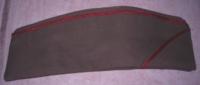 Calot De L'Armée Espagnole, Liseret Rouge - Casques & Coiffures