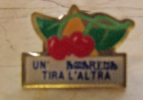 Pin019 Pins, Spilla, Frutta, Fruit, Fruite, Amarena, Ciliegia, Cherry, Cerise | Sciroppo - Beverages