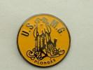 Pin´s PLONGEE - U.S.M.G PIEUVRE COQUILLAGE - Diving