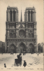 75  - PARIS - CPA - Eglise Notre Dame, La Façade  - Vue Animée Sous La Neige - écrite 1917 - Francia
