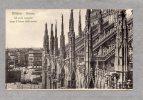28004     Italia,    Milano,  Duomo,  Gli  Archi Rampanti  Lungo  Il  Fianco  Della  Navata,  NV  (scritta) - Milano