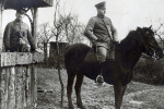 1 CPA PHOTO     Heroes Of  World War  - - Uniformes