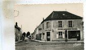 Tousson  77   La  Route De Milly -Café-Tabac-Epicerie-Mercerie Et Pompe A Essence - Frankrijk