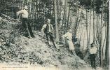 N°20056 -cpa Les Schlitteurs -les Hautes Vosges- - Other
