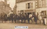 MOSNES  Cavalcade à Mosnes ,rue Des Thomeaux,notez La Présence Du Café GEORGE Pas COURANTE - France