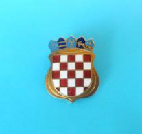 CROATIA ARMY - Large Enamel Official Cap Badge IKOM *  L´armée Croate Esercito Croato Ejército Croata Kroatischen Armee - Army