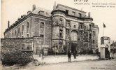 CPA - 27 - GAILLON - Entrée De L'Ancien Château Des Archevêques De Rouen  - 715 - France