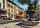 CPSM BRIGNOLES VAR La Place Et La Fontaine   Si Bandes Jaunes Dues Au Scan - Brignoles