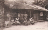 DOUALA (CAMEROUN) 26 FAMILLE INDIGENE (BELLE ANIMATION) - Cameroun