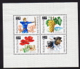 1966  Journée Du Timbre  Archer, Raisin, Fleur De Pavot, Chiennes Cosmonautes  ** MNH